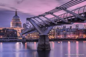photos of London - View of St Paul's Cathedral from Millennium Bridge