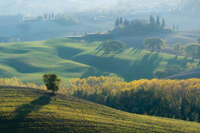 photography spots in Tuscany - The Belvedere Farmhouse - Alternative View