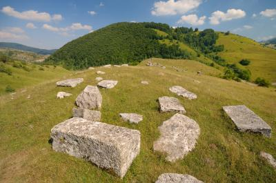 Federacija Bosne I Hercegovine photography locations - Stećci tombstones at Umoljani