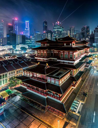 Buddha Tooth Relic Temple - Elevated Viewpoint