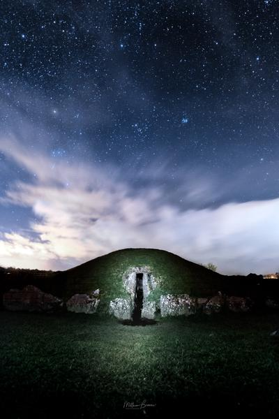 North Wales photography locations - Bryn Celli Ddu Burial Chamber