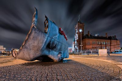 South Wales photography locations - Merchant Seafarers War Memorial