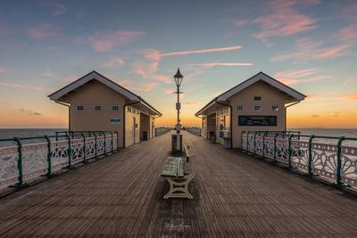 photo spots in South Wales - Penarth Pier