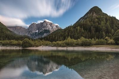 photo spots in Triglav National Park - Lake Jasna - Prisojnik View