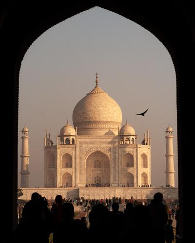 photography spots in India - Taj Mahal - through the Gates