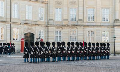 photo locations in Denmark - Amalienborg - Change of Guards