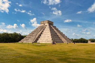 photography locations in Mexico - Chichen Itza - El Castillo (Temple of Kukulcan)