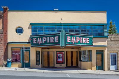 Palouse photo spots - Empire Theater