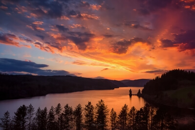 photography spots in North Wales - Lake Vyrnwy Hotel