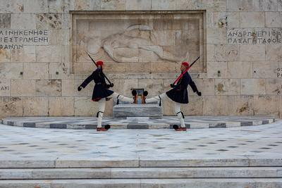 photo locations in Greece - Monument of the Unknown Soldiers
