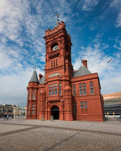 photos of South Wales - Pierhead Building
