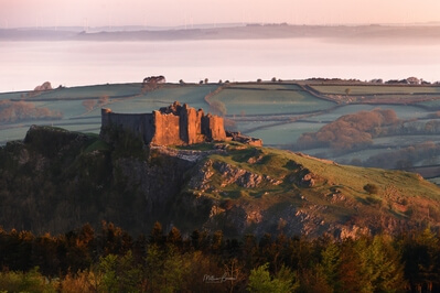 photography locations in Carmarthenshire - Carreg Cennen Castle - South Viewpoint