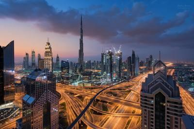 photo locations in Dubai - The View At 42 - Shangri-La Hotel