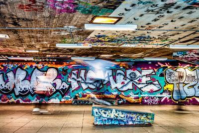 pictures of London - Southbank Skate Space