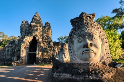 photo spots in Siem Reap Province - Angkor Thom South Gate