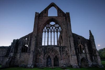 photography locations in South Wales - Tintern Abbey - Exterior