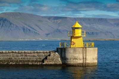 photography locations in Iceland - Yellow Lighthouse