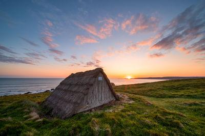 South Wales photography spots - Freshwater West - Seaweed Drying Huts