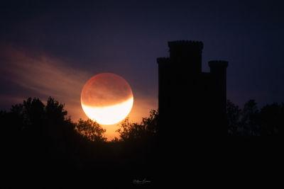 photos of South Wales - Paxton's Tower - Moonrise & Sunrise
