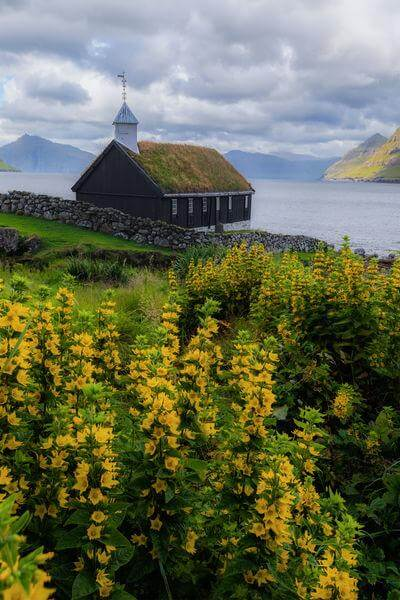 pictures of Faroe Islands - Funningur church
