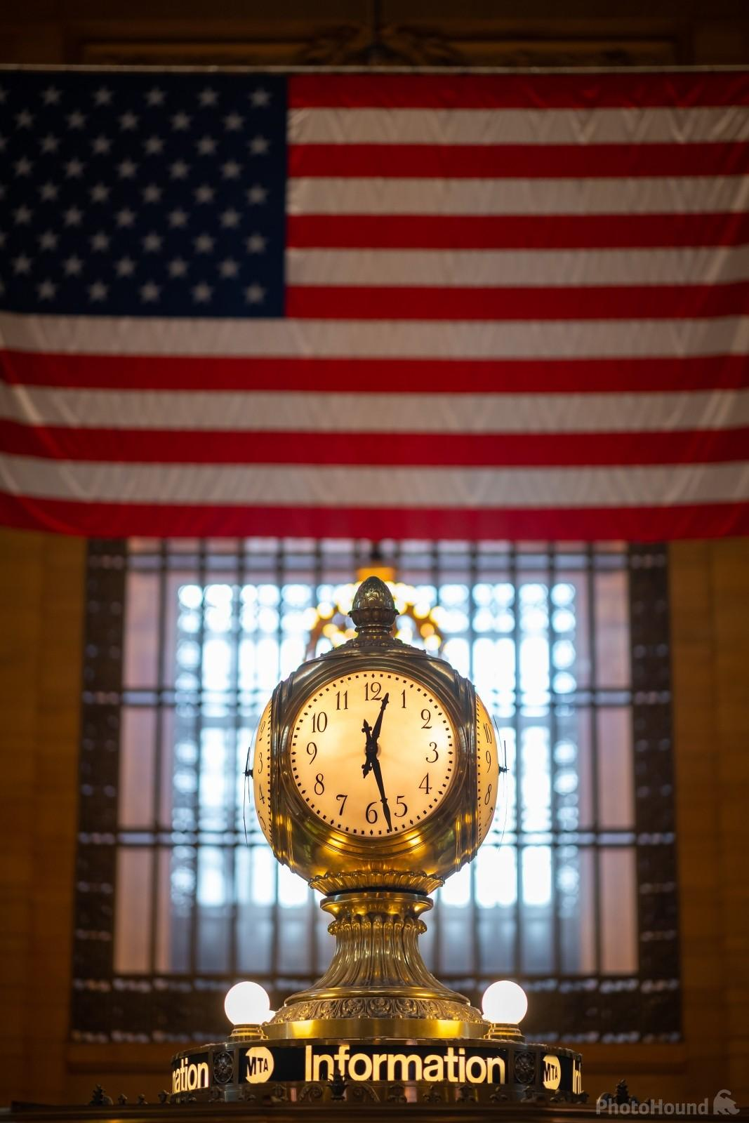 Detail of the clock in the middle of the main hall of the Grand Central Terminal