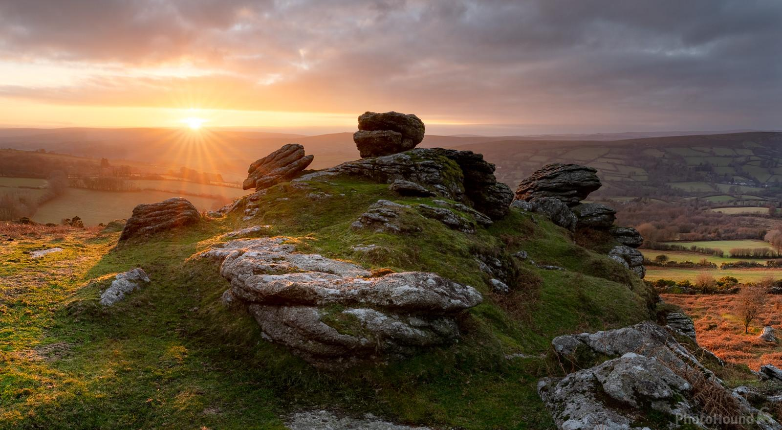 Image of Tunhill Rocks by Richard Fox