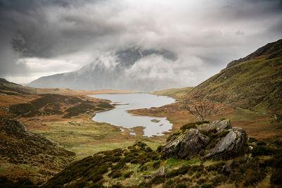 photography spots in North Wales - Cwm Idwal