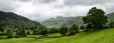 photo spots in England - Langdale Boulders, Lake District