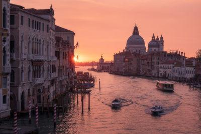 Venice photo locations - Ponte dell'Accademia