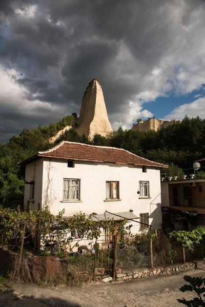 images of Bulgaria - Karlanovo - The Needle Pyramid