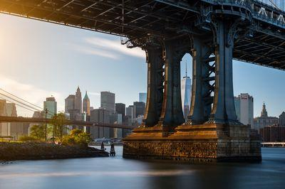 photography locations in New York - One WTC view through the Manhattan Bridge