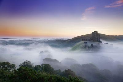 images of Dorset - Corfe Castle