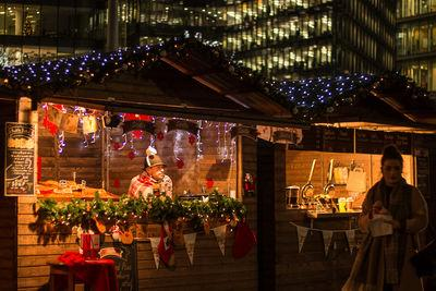 pictures of London - Christmas By The River, London Bridge City