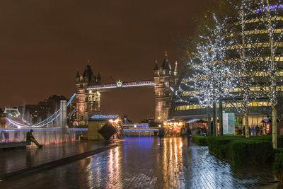images of London - Christmas By The River, London Bridge City