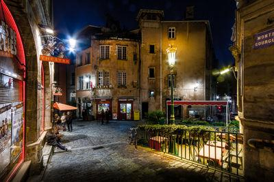 Auvergne Rhone Alpes photography locations - Trinite square in the Old Lyon