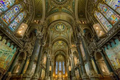 Photographing Lyon - Interior of the basilica of Fourviere