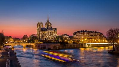 instagram spots in Ile De France - Cathedral Notre Dame of Paris view from the bridge of the Tournelle