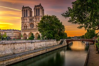 photo spots in Ile De France - Cathedral Notre Dame de Paris view from the Petit Pont on the Seine