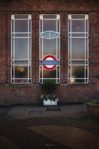 photos of London - East Finchley Station