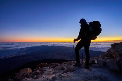 Waiting for the dawn at Pico del Teide, highest mountain in Spain