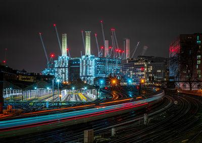 images of London - Battersea Power Station from Ebury Bridge