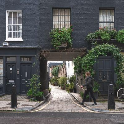 photos of London - Warren Mews