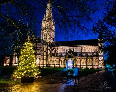 photo spots in England - Salisbury Cathedral - Exterior