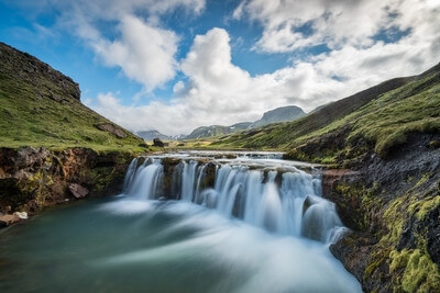 photo locations in Iceland - Alftavatn waterfall