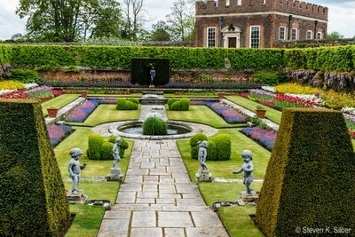 images of London - Hampton Court Palace