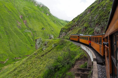 photography locations in Ecuador - The Devil's Nose Train