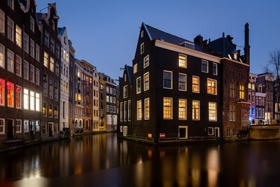 Netherlands photo locations - House On The Water