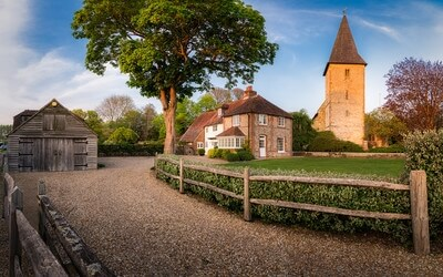 photography locations in England - Holy Trinity Church, Bosham