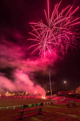 pictures of South Wales - Carmarthen Park Fireworks