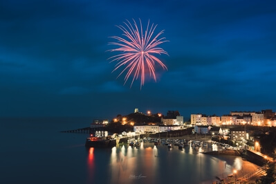 photos of South Wales - Fireworks at Tenby Harbour